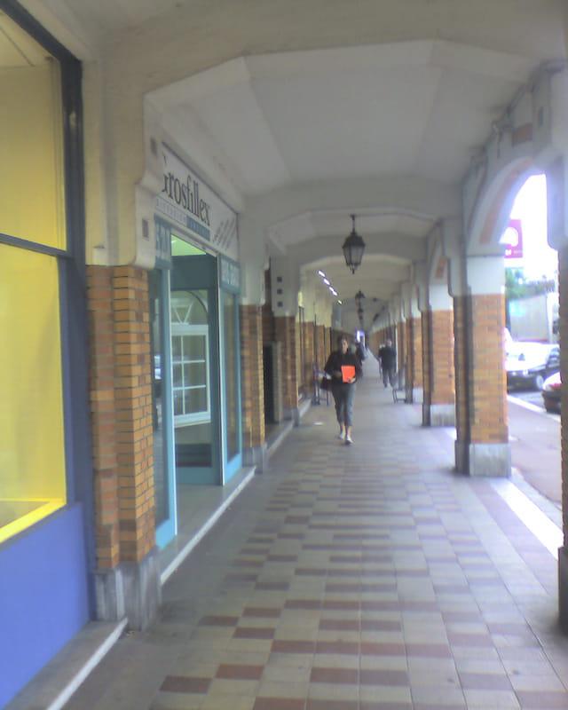 Boutic sous les arcades