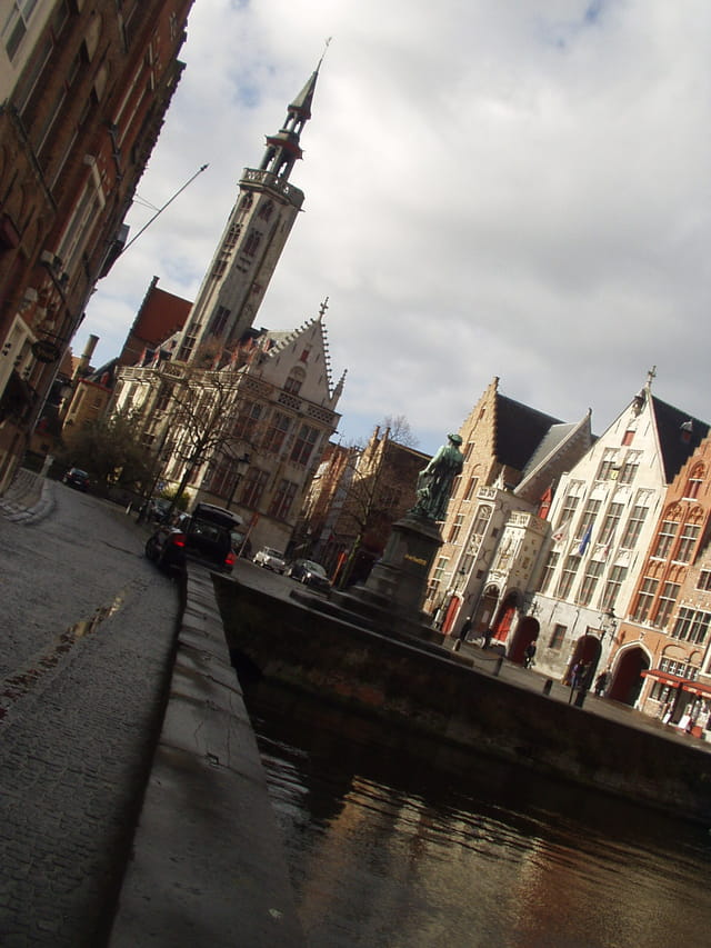 Bruges les canaux