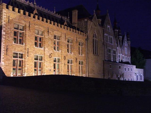 Brugge la nuit