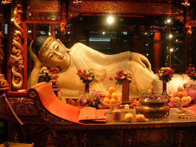Budha couché