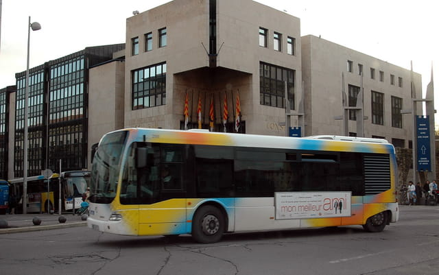 bus de marseille par monique poilpr sur l 39 internaute