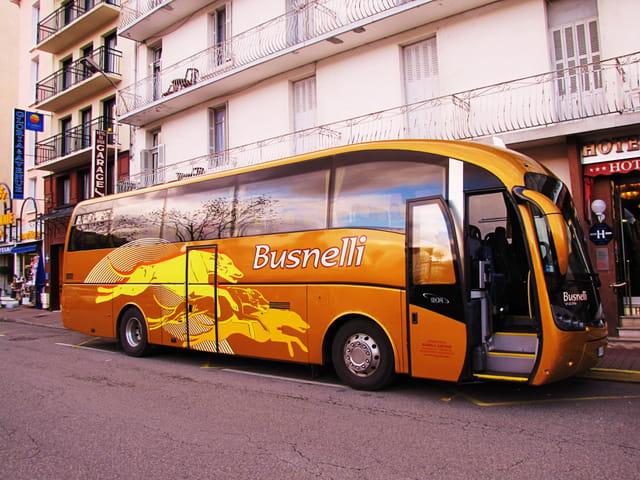 Bus - Europe - Lourdes