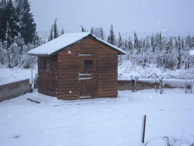 Cabane au fond du jardin par Nadia Merck sur L'Internaute