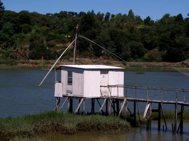 Cabane de pêcheur sur la rance