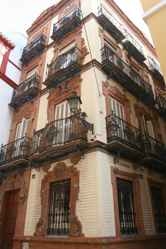 Calle Farnesio
