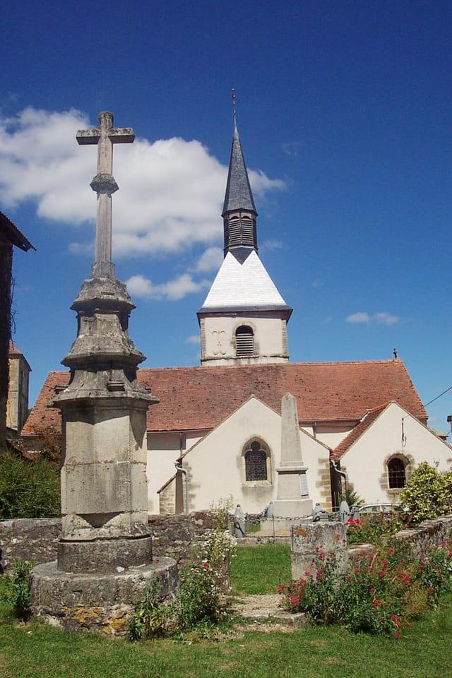 Calvaire et église