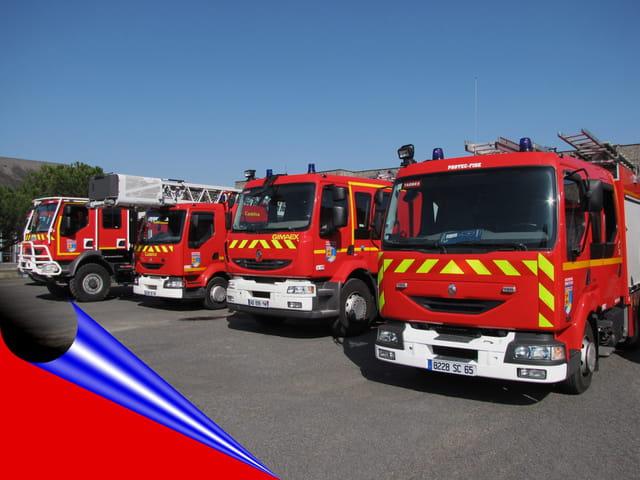 Camion de pompiers aéroport.