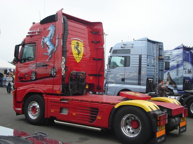 Camion decore 6