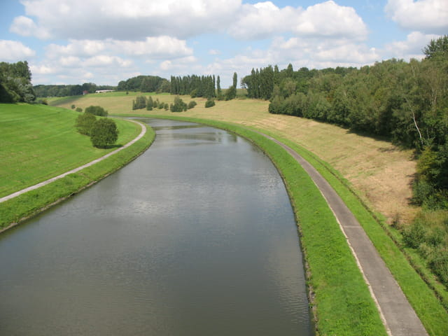 Canal Bruxelles-Charleroi