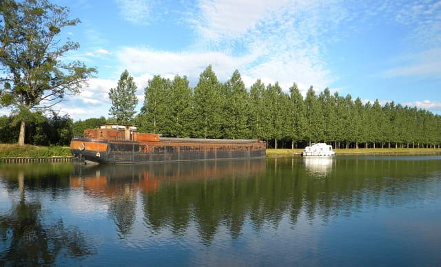 canal du Nivernais, Corbigny