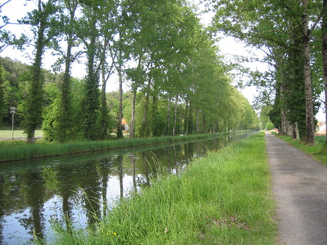 Canal vers lalinde