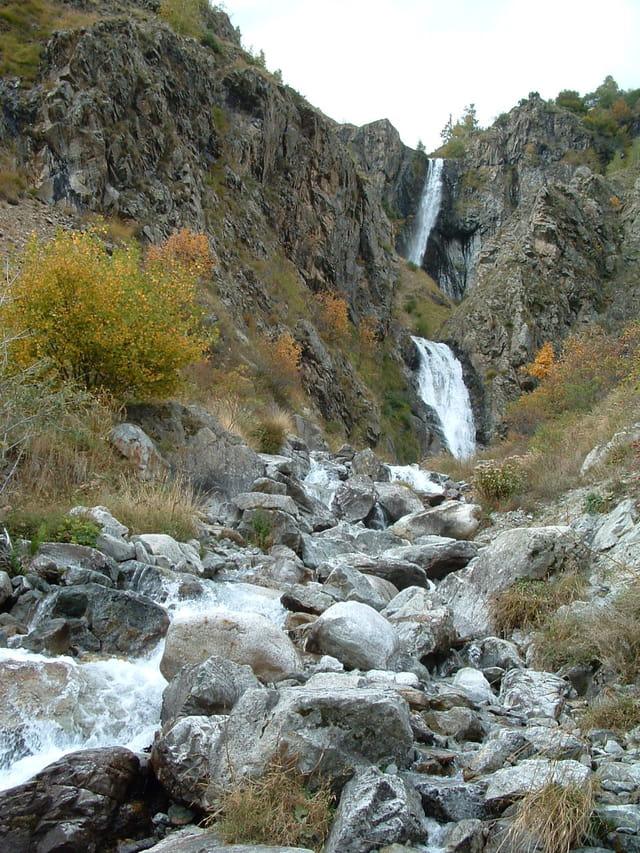 Cascade par g rard teillas sur l 39 internaute for Cascada par