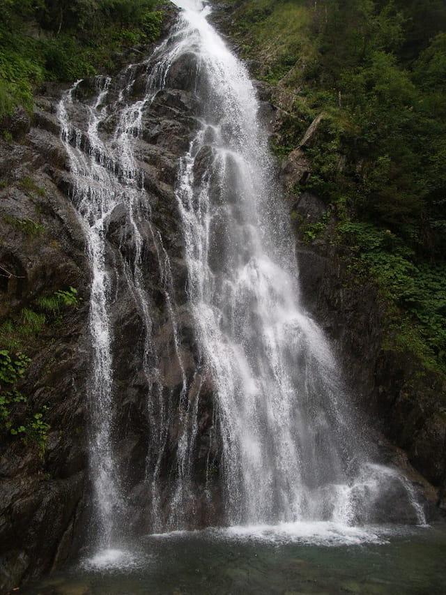 Cascade du Pissou a Fond de France en Isere