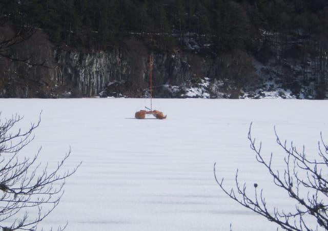 Catamaran sur glace