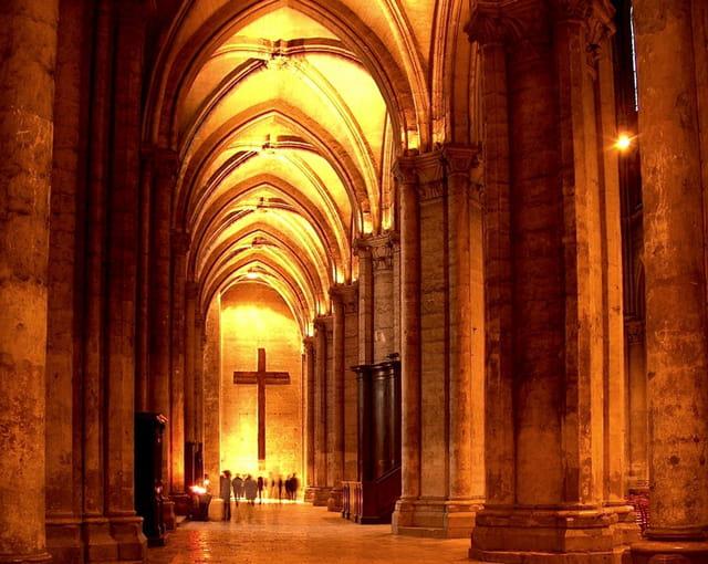 Cathédrale de Chartres, intérieur