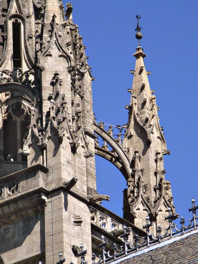 Cathédrale de Mende détail d\'architecture