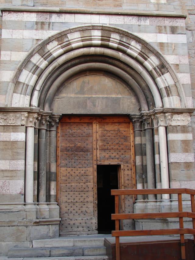 Cathedrale n.d du réal