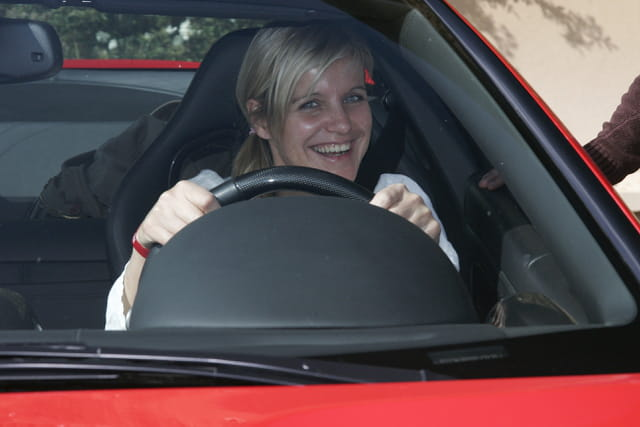 Céline Géraud au volant