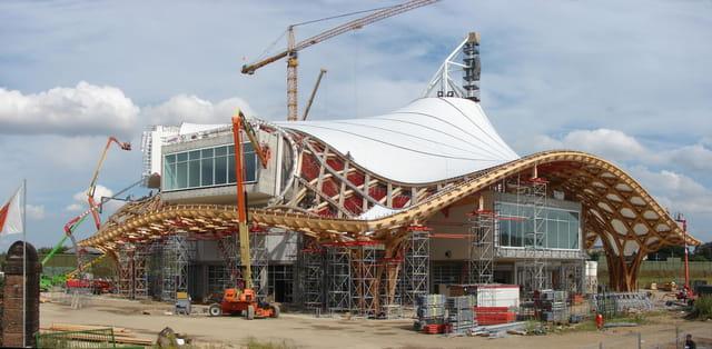 Centre Pompidou, façade sud ouest