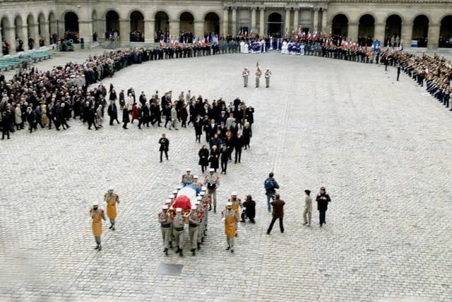 Ceremonie aux Invalides