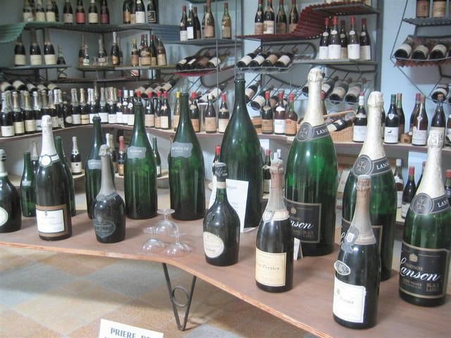 Champagnes au musée de bandor