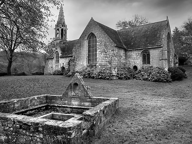 Chapelle et fontaine de Saint-Urlo