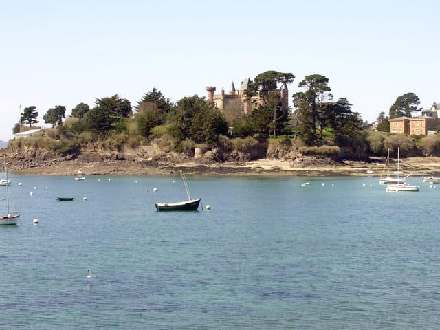 Chateau au bord de mer