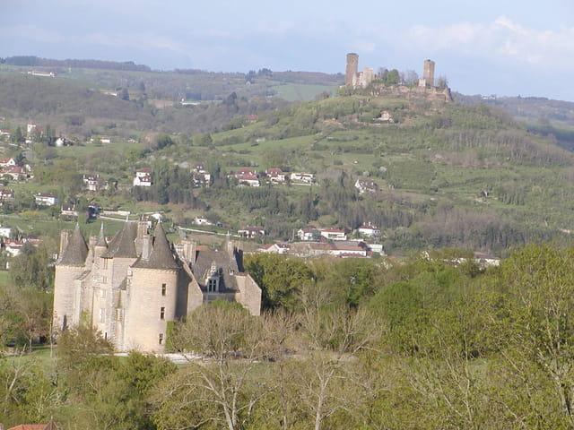 Chateau de jean lurcat et chateau d