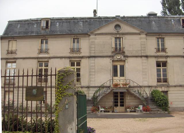 Château de St Prix, ancien Château de la terrasse.