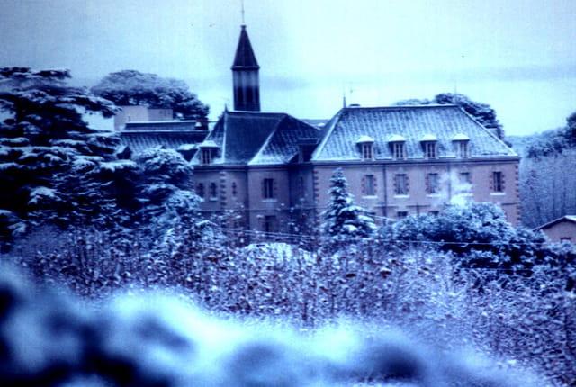 Chateau enneigé