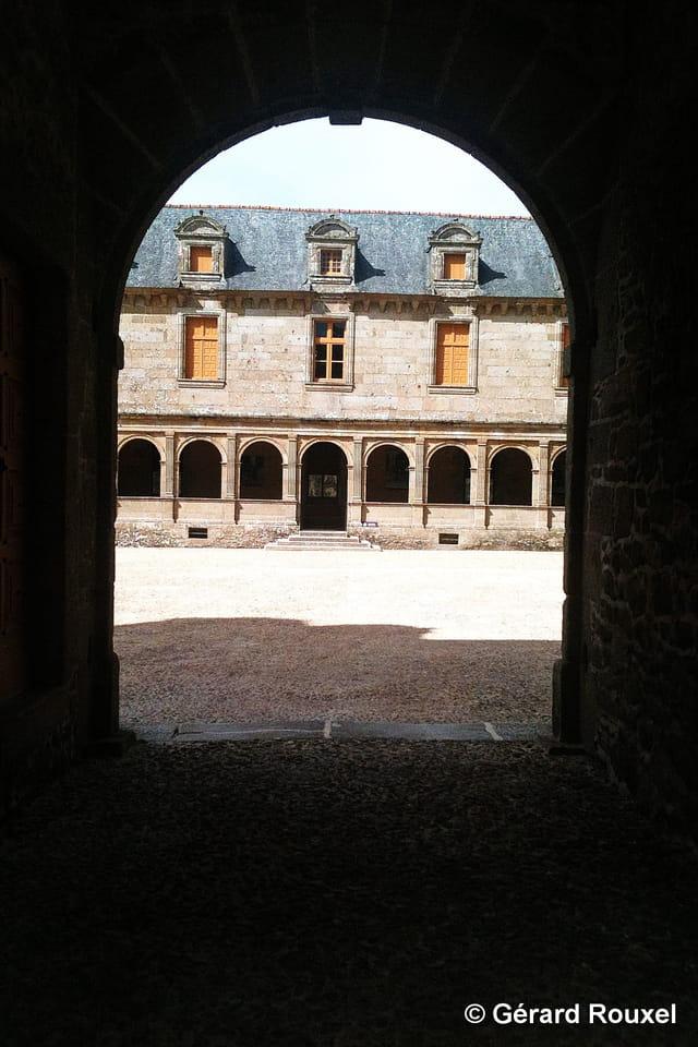 Chateau Le Rocher Portail à Saint Brice en Coglès