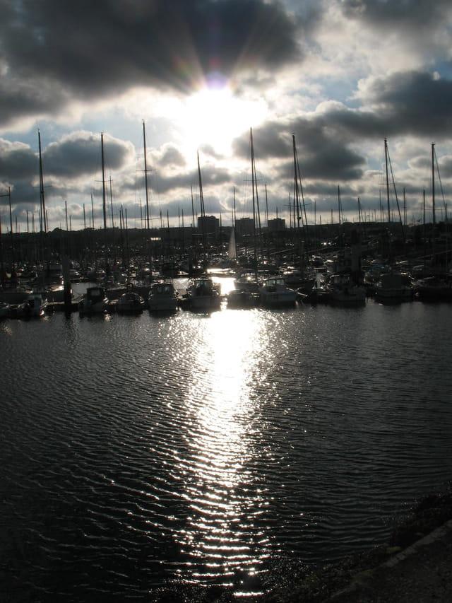 Cherbourg au soleil couchant