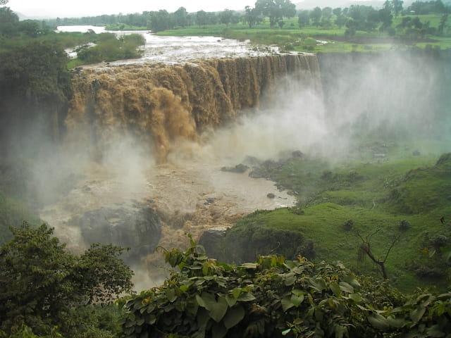 Chutes du Nil bleu