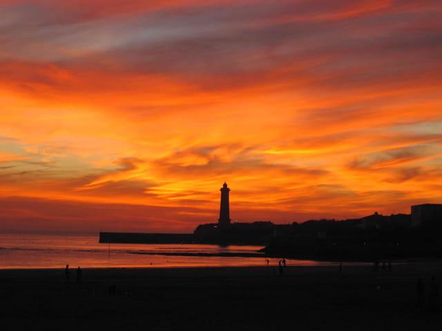 Ciel flamboyant sur l'estuaire