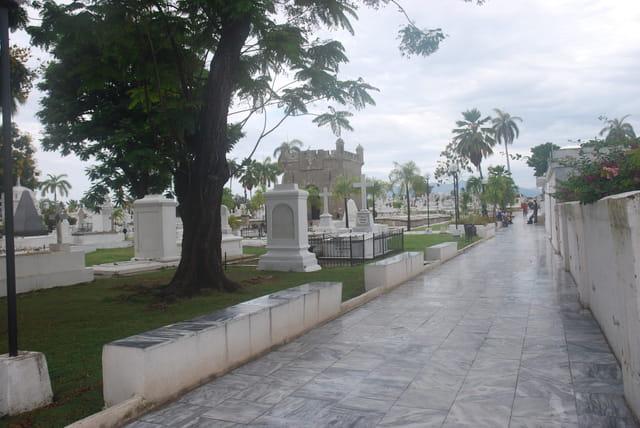 cimetière ifigénia