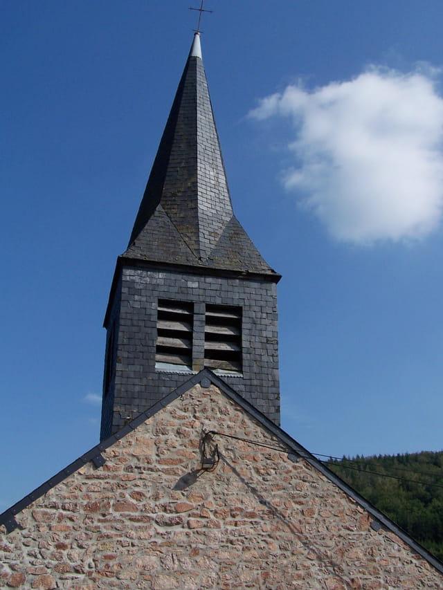 Clocher de l'église de Blanot
