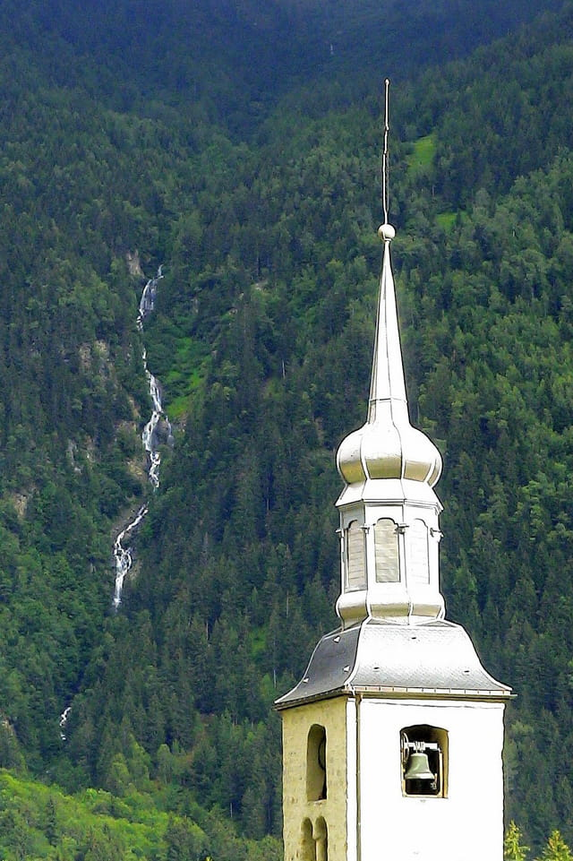 Clocher de l'église de Chamonix