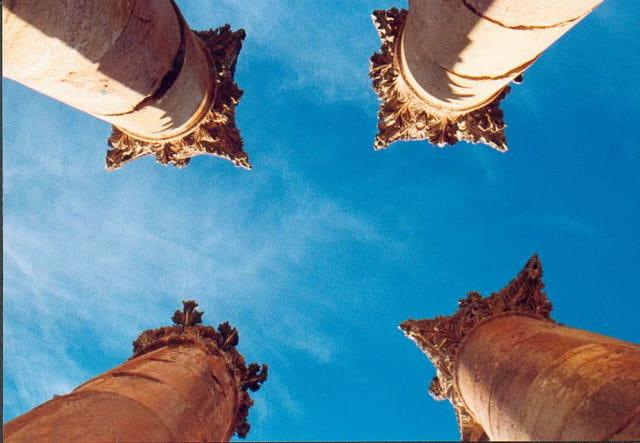 Colonnes du temple