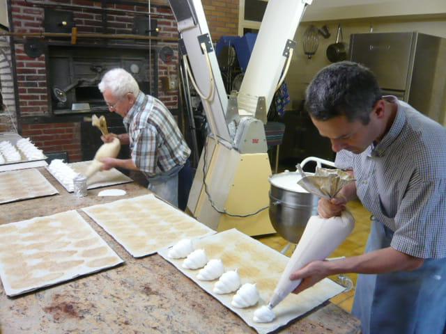 Confection des meringues