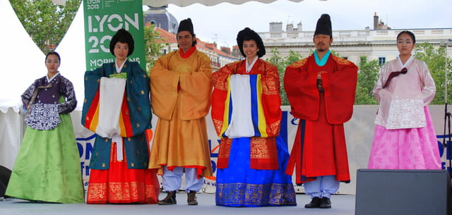 Costumes traditionnels coréens