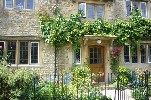 Cottage anglais par emiliane choux sur l 39 internaute for Photos cottages anglais