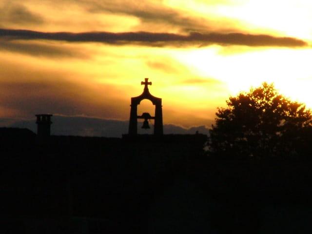 Couché de soleil sur la cloche