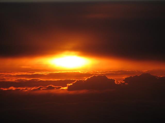 Coucher de soleil vu d' avion
