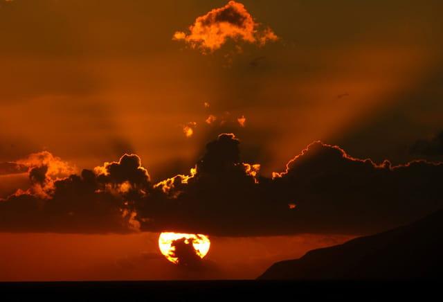 coucher de soleil en mer