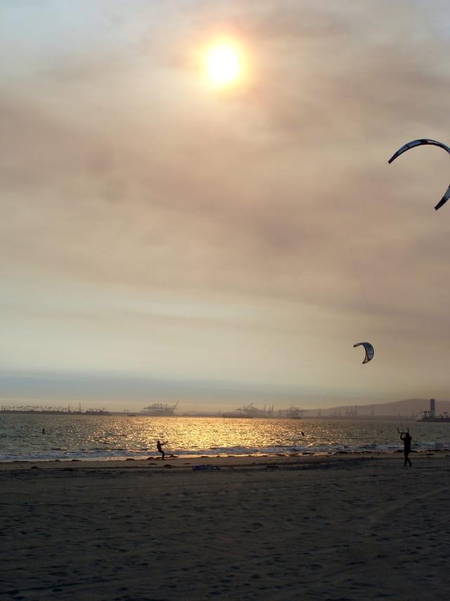 Coucher de soleil et cerf-volant