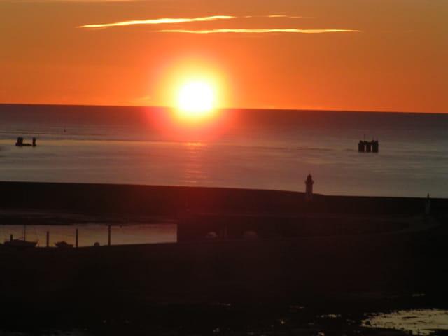 Coucher de soleil normand