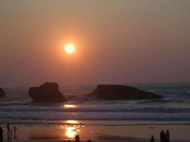 Coucher de soleil sur les rochers de Biarritz