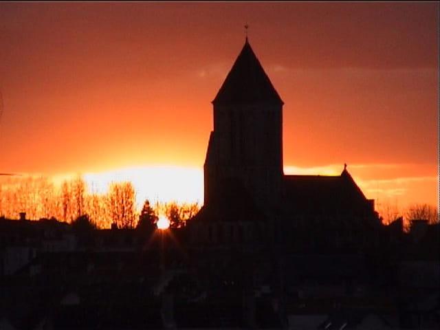 Coucher de soleil sur l'église