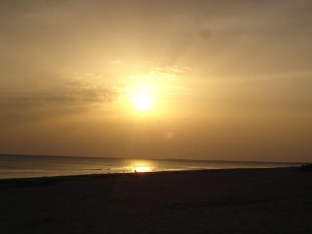 Coucher de soleil sur l\'île