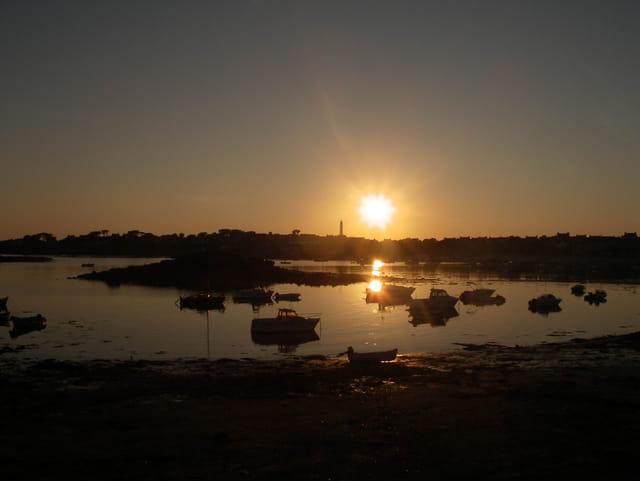 Coucher de soleil sur l'ile de batz